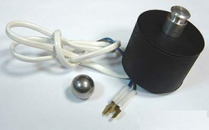 Прибор для демонстрации ускорения свободного падения 300x186 оборудование по физике для школ